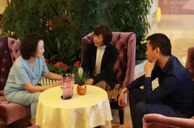 皇姑区副区长贺燕参观美德因妇儿医院