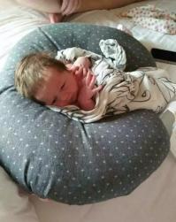 水中灵气公主诞生,美国孕妈Lauren幸福加倍!