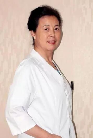 资深妇科专家张丽加入美德因妇科专家门诊团队